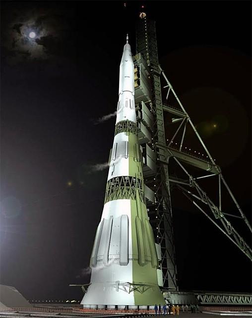 Советская супер-ракета Н-1, созданная в ОКБ-1 под руководством академика С.П. Королёва, должна была стать главным звеном в Лунном проекте СССР