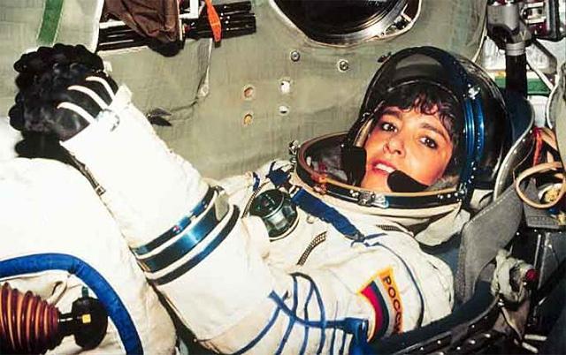 Клоди Андре-Деэ (Эньере) совершила два космических полета на российских кораблях